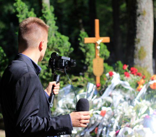 Transmisja z pogrzebu